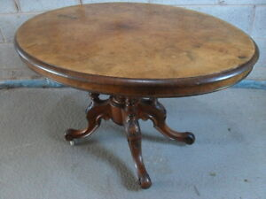 Victorian oval tilt top Burr Walnut loo/breakfast table