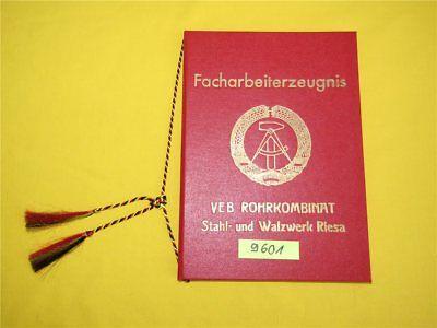 Facharbeiterzeugnis Mappe VEB Rohrkombinat Stahl- und Walzwerk Riesa DDR Kordel