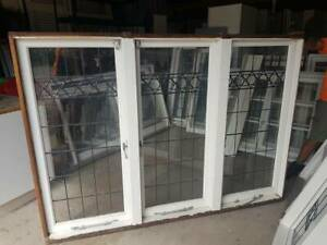 LEADLIGHT WINDOWS - HOUSE LOT