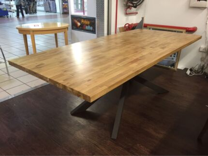 MINCENTI DINING TABLE - SOLID OAK TOP Logan Central Logan Area Preview