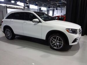2017 Mercedes Benz GLC GLC300 4MATIC AWD LUXURY SUV