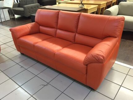 3 SEATER LEATHER LOUNGE ORANGE Logan Central Logan Area Preview