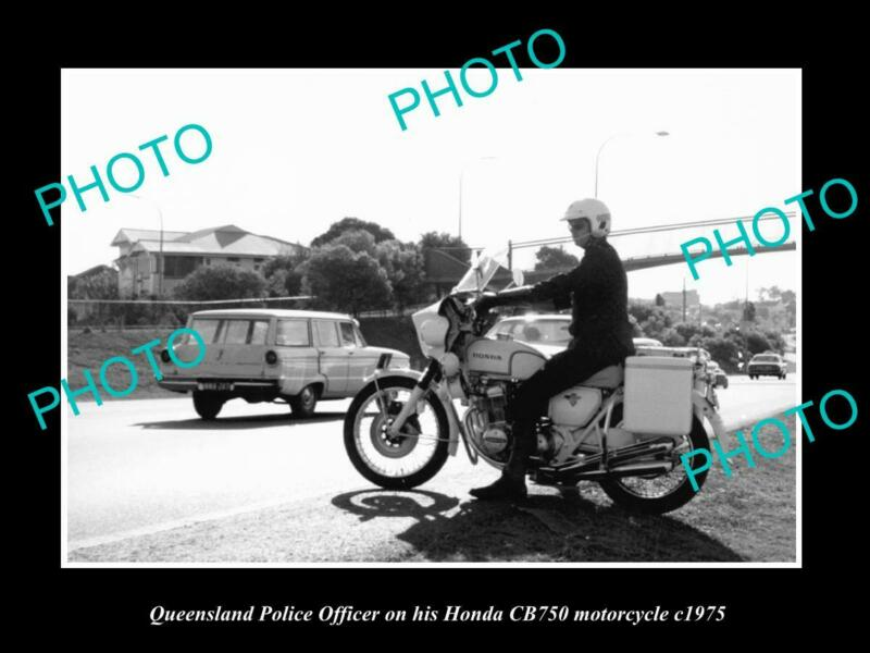 OLD POSTCARD SIZE PHOTO OF QUEENSLAND POLICE HONDA CB750 MOTORCYCLE c1975