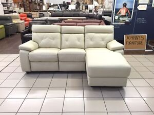 CLEARANCE 100% LEATHER 2 SEATER ELECTRIC RECLINER W/CHAISE Logan Central Logan Area Preview