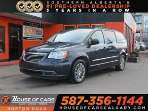 2014 Chrysler Town & Country Touring-L/ Leather Heated Seats