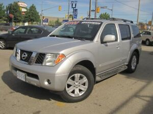 2006 NISSAN PATHFINDER LE | Leather • Sunroof • V6 • Low KMS • F