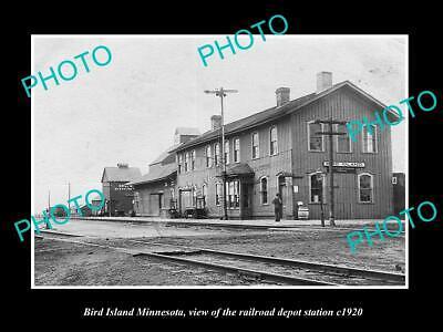 OLD POSTCARD SIZE PHOTO OF BIRD ISLAND MINNESOTA RAILROAD DEPOT STATION c1920