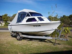 Safe economical family boat, half-cabin and toilet Greenwell Point Shoalhaven Area Preview
