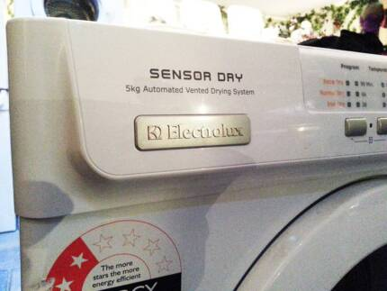 Large 5kg capacity Electrolux dryer with new capacitor Ferny Hills Brisbane North West Preview