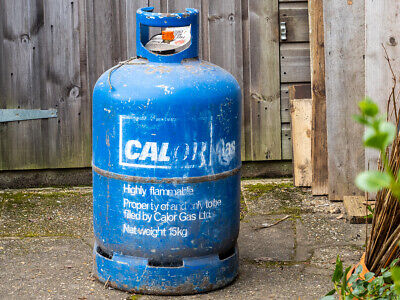 Calor gas cylinder bottle 15 kg butane full blue. Collect Norwich.