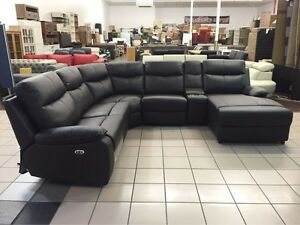 GENIUNE LEATHER - CORNER LOUNGE W/2 RECLINERS Logan Central Logan Area Preview
