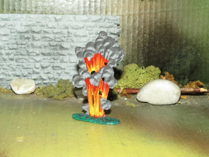 EXPLODING LEAD ALLOY BOMB FOR BARCLAY LEAD TOY SOLDIER DISPLAYS-EXCELLENT