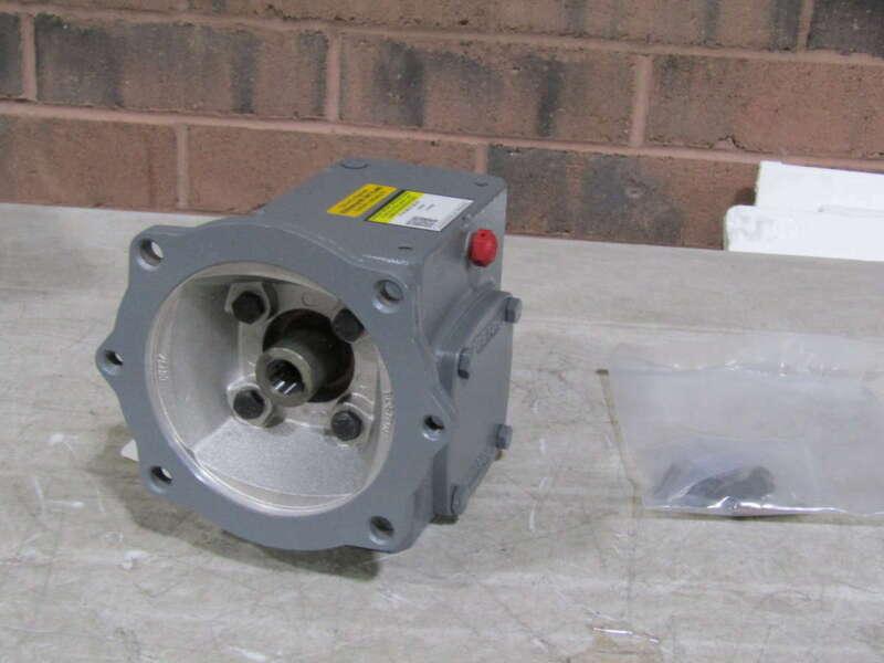Boston Gear F718-30KZT-B5-G3 30:1 Right Angle Worm Gear Speed Reducer