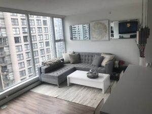Yaletown Fully Renovated + Furnished - Everything Included!