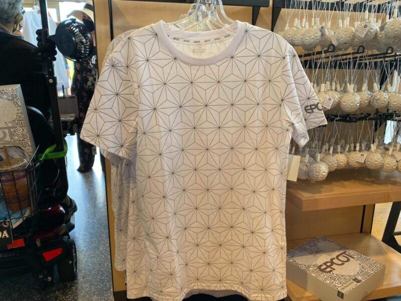 Large Disney Parks EPCOT Spaceship Earth Shirt