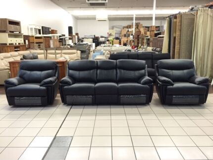 CLEARANCE GENUINE LEATHER 3 SEATER + 2 SINGLE RECLINERS (BLACK)