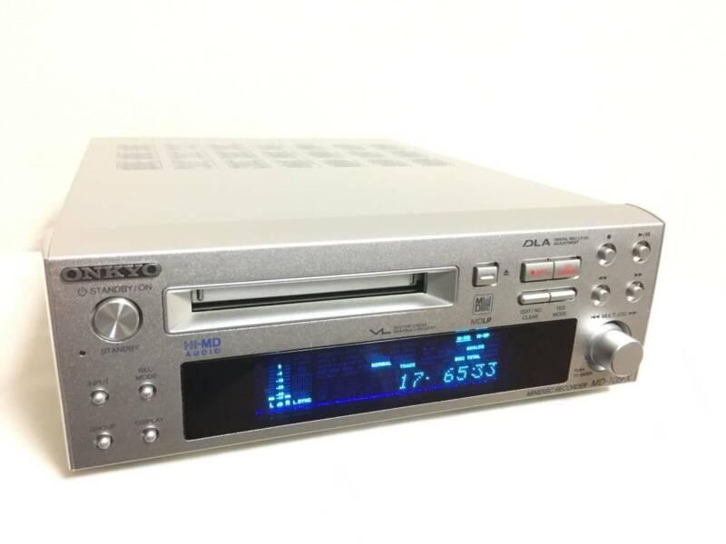 ONKYO MD105FX Hi-MD Mini Disc Recorder Silver High Speed Audio INTEC205 MDLP