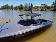 Great skiboat - Invader Craft 383 Chev Lalor Whittlesea Area Preview