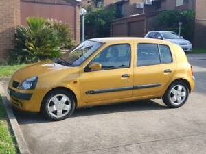 Low kms Renault Clio for Sale