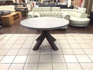 ROUND CONCRETE TOP DINING TABLE W/ACACIA TIMBER LEGS Logan Central Logan Area Preview