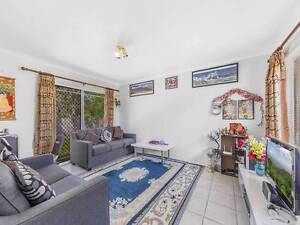 Great Family Home In The Heart Of Eagleby -- Freshly Painted!! Eagleby Logan Area Preview