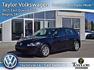 2017 Volkswagen Golf 5-Dr 1.8T Trendline 6sp at w/Tip One Owner,