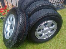Hilux Rims & Tyres x 5 Kirwan Townsville Surrounds Preview