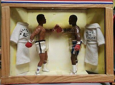 Muhammad Ali Joe Frazier Dolls