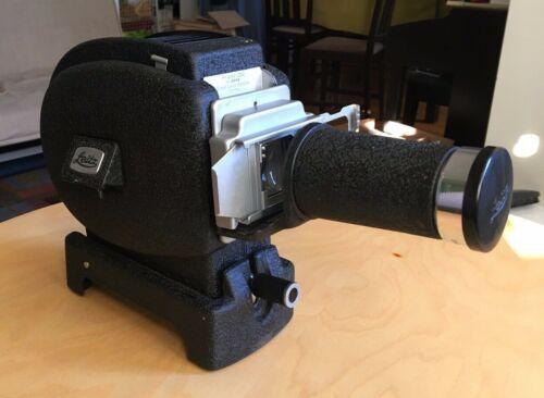 Leitz Prado 250 slide projector with case