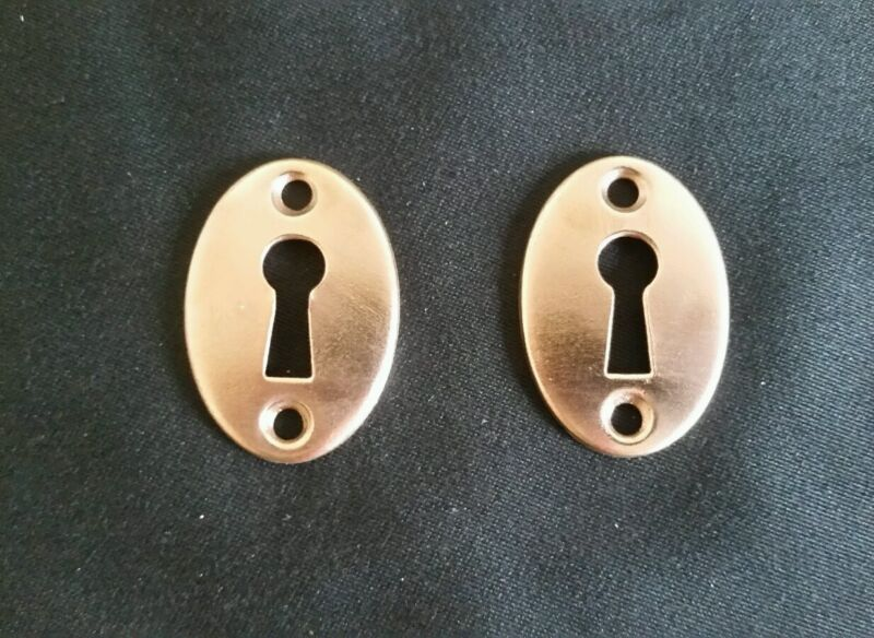 PAIR OF ANTIQUE SOLID BRASS DOOR KEYHOLE COVERS ESCUTCHEONS  (A)