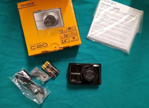 Fotocamera digitale Fujifilm Finepix C 20 da 12 megapixel