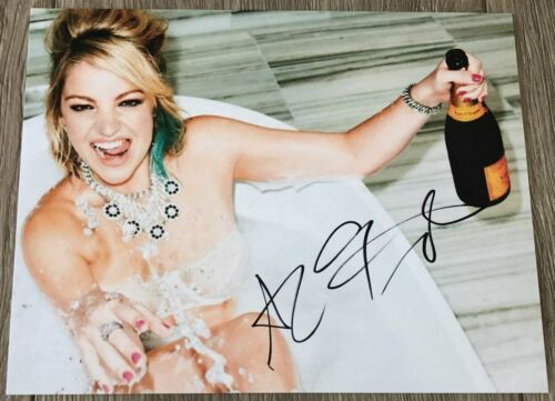 ABBY ELLIOTT SIGNED AUTOGRAPH STAR VS. THE FORCES OF EVIL 8x10 PHOTO B w/PROOF