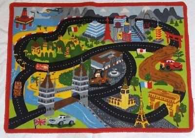 (Disney Pixar Cars Racetrack Game Rug with Mater & Lightning McQueen 31.5