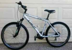 "TREK 3700 - 21spd, 18"" - EXCELLENT - MOUNTAIN BIKE BICYCLE Sunnybank Hills Brisbane South West Preview"