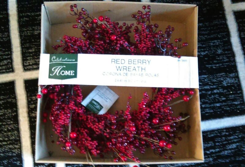 """New in box 24"""" red berry wreath Christmas door home wall holiday 62cm"""