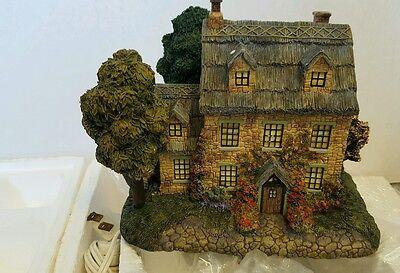 Hawthorne village Thomas Kincade stonebrooke inn house christmas