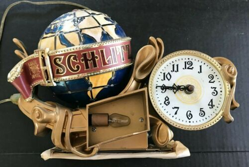 Original Rare 1976 Schlitz Brewing Co. Lighted Globe Clock
