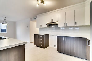 BRAND NEW luxurious 3 bedrooms, Plateau, 10 min from Ottawa, M7