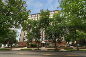 Oak Tower - 11635-102 Ave.