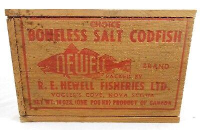 Vtg Newell Brand Boneless Salt Codfish Dove Tailed Wooden Box Nova Scotia Fish
