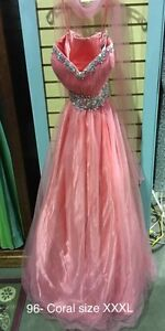 BRAND NEW DESIGNER PROM DRESSES/GOWNS & SHOES