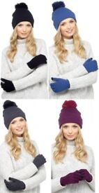 New Ladies Bobble Hat & Touch Screen Gloves Set