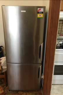 can deliver stainless steel electrolux fridge freezer 450 ltrs