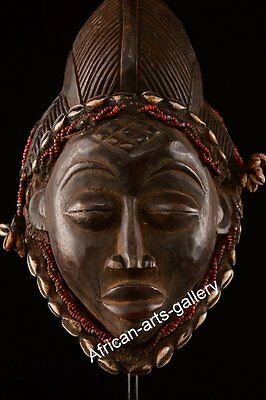60022a Seltene Helmmaske der Punu Gabun Afrika
