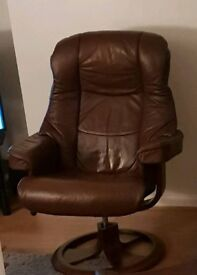 Stressless leather recliner chair and foot stool