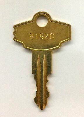 Vending Machine Capsule Toy Parts - Eagle Lock Key Code B152c Gumball Machine