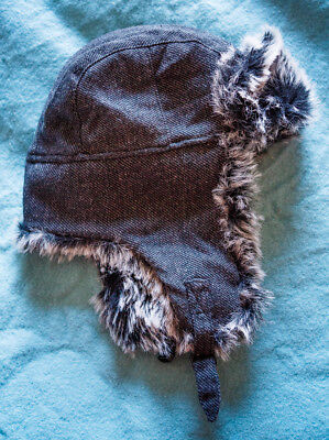Grey trapper hat with quilted lining and faux fur trim, fits up to size Large