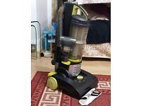 Hoover VR81HU02 Hurricane Power Reach Pet Bagless Upright Vacuum Cleaner