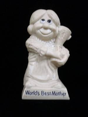 World's Best Mother Trophy Statue Beige Resin Vintage 1970  Wallace