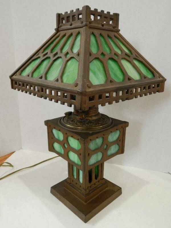 Antique Bradley & Hubbard Arts and Crafts Mission Slag Glass Lamp Cast Iron